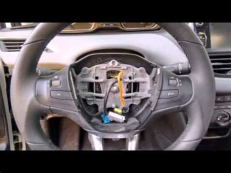 Airbag Peugeot 308 - YouTube